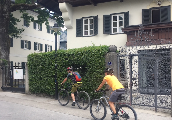 vacanze-austria-bambini-bici-st-gilgen