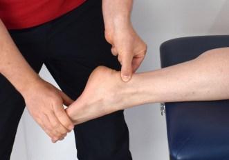 Tendinopatia del tendine d'Achille e corsa: come si cura?