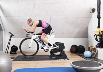 Santini Forza, la nuova linea per l'indoor cycling