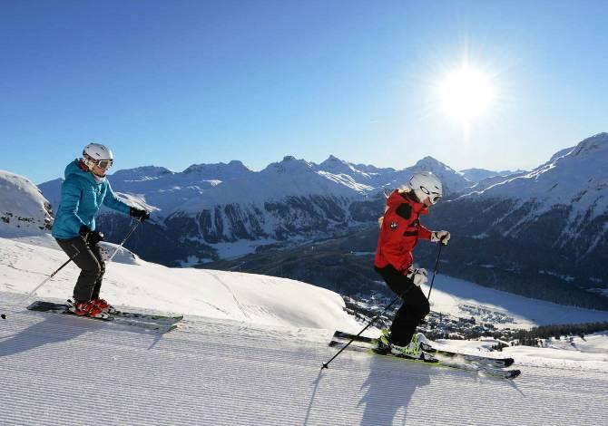 5 località dove sciare in Svizzera appena oltre confine