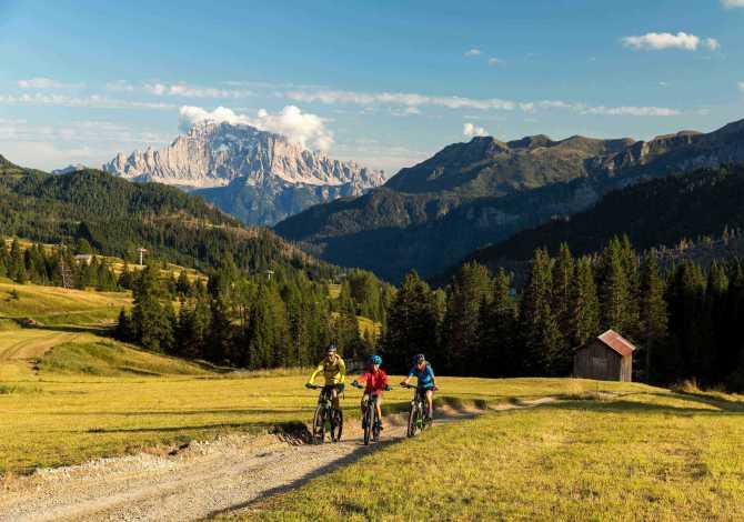 mountain bike ad arabba