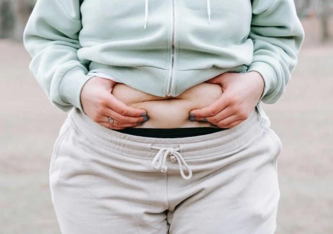 grasso addominale perché si forma e come eliminarlo