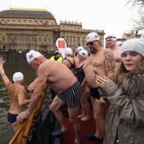 26.12.2017 / Praha /Sport / plavani / 71. ročník závodu otužilců Memoriál Alfréda Nikodéma. FOTO CPA