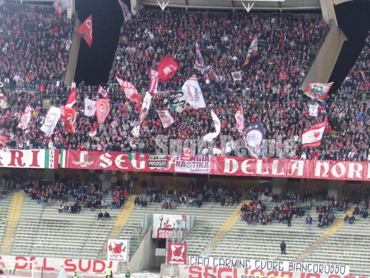 Bari-Livorno-Serie-B-2015-16-12