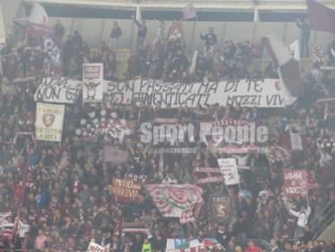Bari-Salernitana-Serie-B-2015-16-03