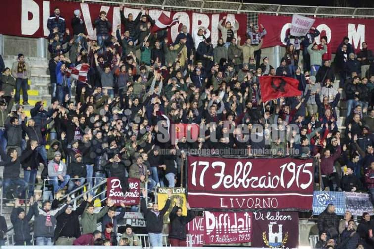 Livorno-Ascoli-Serie-B-2015-16-01