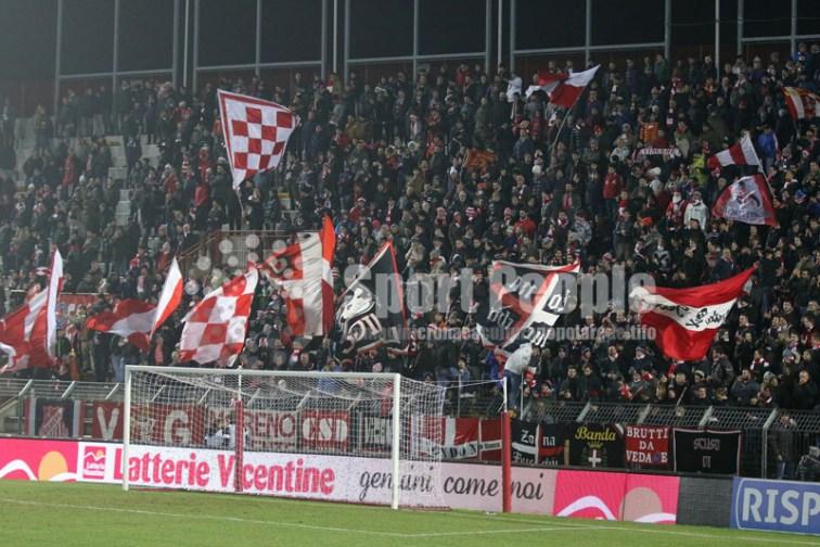 Vicenza-Latina-Serie-B-2015-16-01