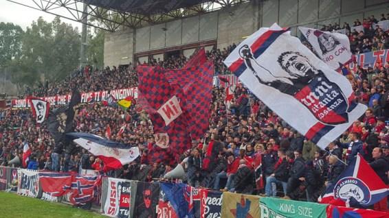 Cosenza-Catanzaro-Lega-Pro-2015-16-07