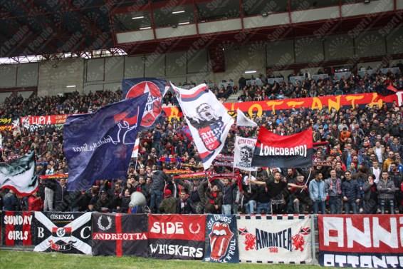 Cosenza-Lecce-Lega-Pro-2015-16-13