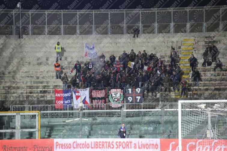 Livorno-Crotone-Serie-B-2015-16-01