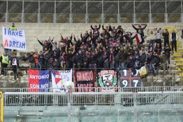 Livorno-Crotone-Serie-B-2015-16-03
