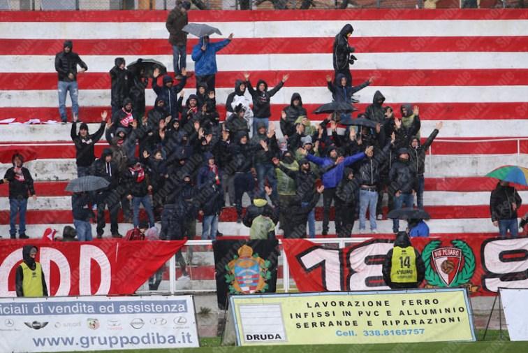 Vis-Pesaro-Avezzano-Serie-D-2015-16-01