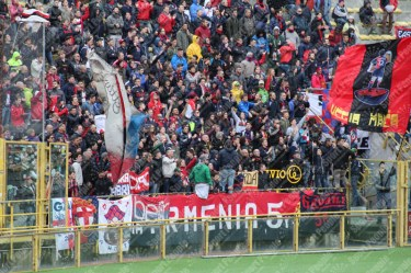 Bologna-Genoa-Serie-A-2015-16-08