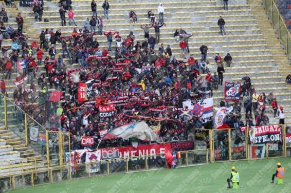 Bologna-Genoa-Serie-A-2015-16-11