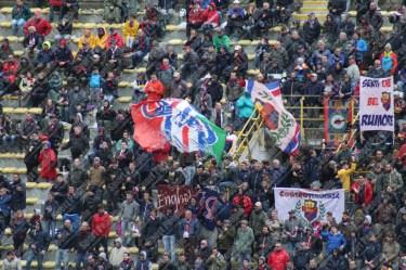 Bologna-Genoa-Serie-A-2015-16-13