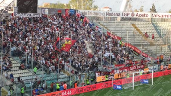 Carpi-Genoa-Serie-A-2015-16-09