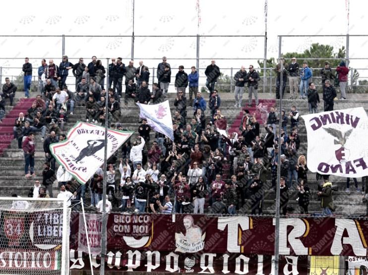Fano-Avezzano-Serie-D-2015-16-01