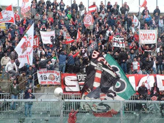 Livorno-Bari-Serie-B-2015-16-15