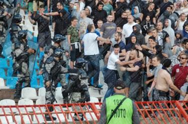 Stella-Rossa-Partizan-Superliga-Serbia-2015-16-63