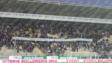 Modena-Crotone-Serie-B-2015-16-03