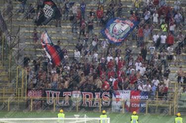 Bologna-Crotone-Serie-A-2016-17-06
