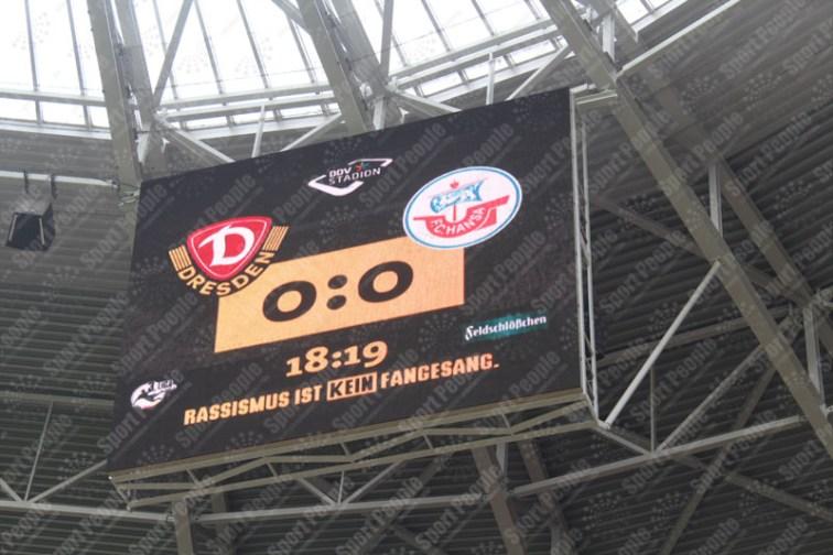 Dynamo-Dresda-Hansa-Rostock-3-Bundesliga-2015-16-31