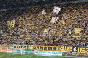 Dynamo-Dresda-Hansa-Rostock-3-Bundesliga-2015-16-49