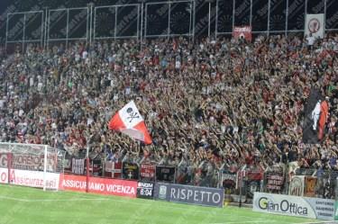 Vicenza-Carpi-Serie-B-2016-17-13