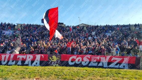 Cosenza-Catanzaro-Lega-Pro-2016-17-09
