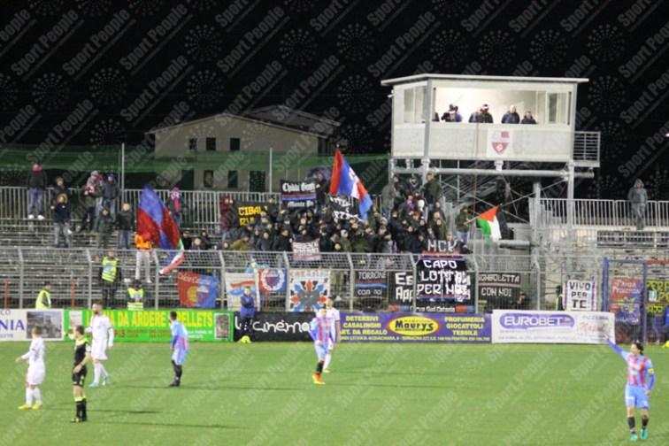 Unicusano-Fondi-Catania-Lega-Pro-2016-17-09