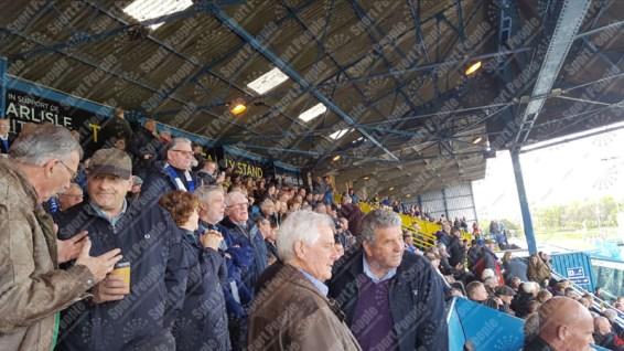 Carlisle-United-Stevenage-League-Two-2016-17-05