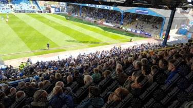 Carlisle-United-Stevenage-League-Two-2016-17-11