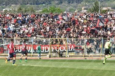 Casertana-Foggia-Lega-Pro-2016-17-04