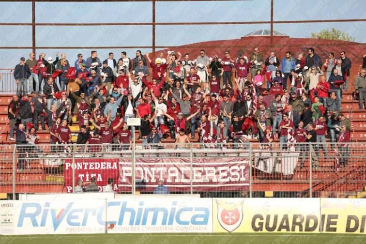 Pontedera-Livorno-Lega-Pro-2016-17-01