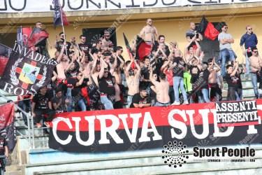 Cosenza-Foggia-Lega-Pro-2016-17-14