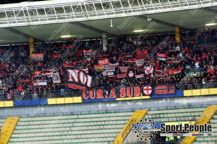 Chievo-Milan-Serie-A-2017-18-21