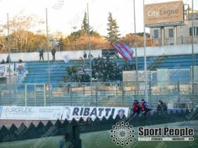 Fidelis-Andria-Catania-Serie-C-2017-18-10