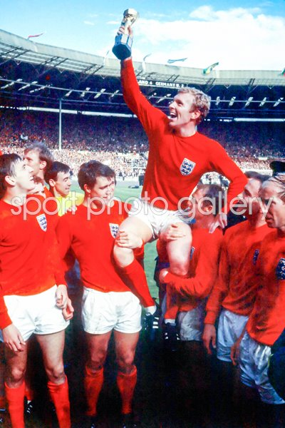 england v australia rugby World Cup 1966 Print   Football Posters   Bobby Moore