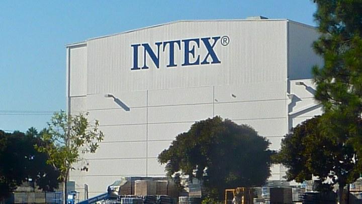 Quelle piscine autoportée Intex choisir ?