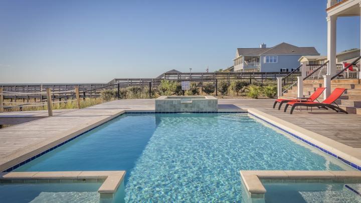 Pourquoi utiliser un garde-corps verre-terrasse pour sa piscine?