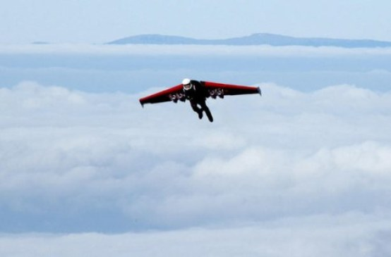 Swiss Daredevil To Fly Through Grand Canyon With Jet-Powered