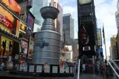 stanley-cup-times-square-3