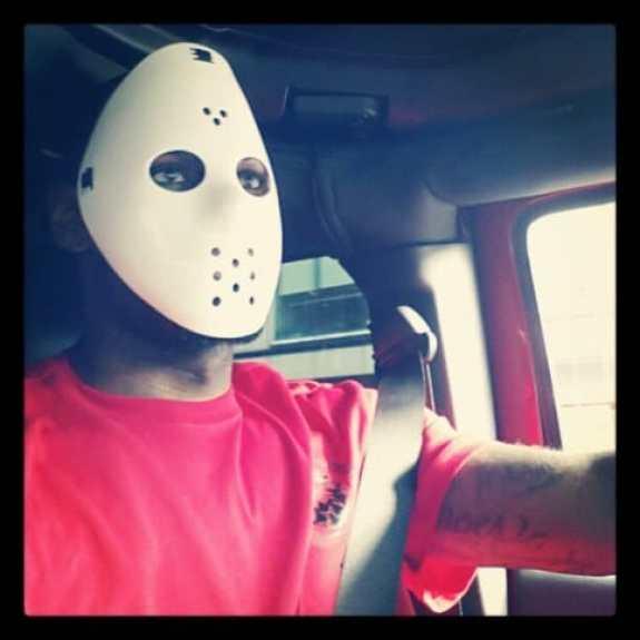 lebron-james-jason-voorhees-mask