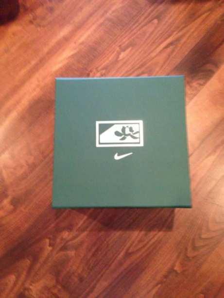 tiger-woods-custom-nike-masters-shoes-1
