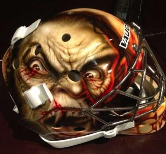 thomas-greiss-goalie-mask