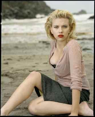 Scarlett-Johansson-20