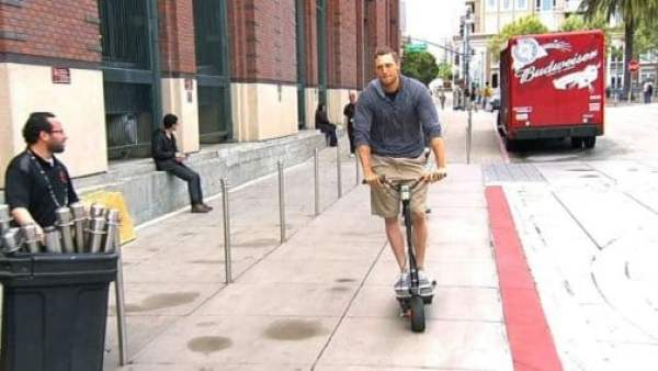 hunter-pence-scooter-1
