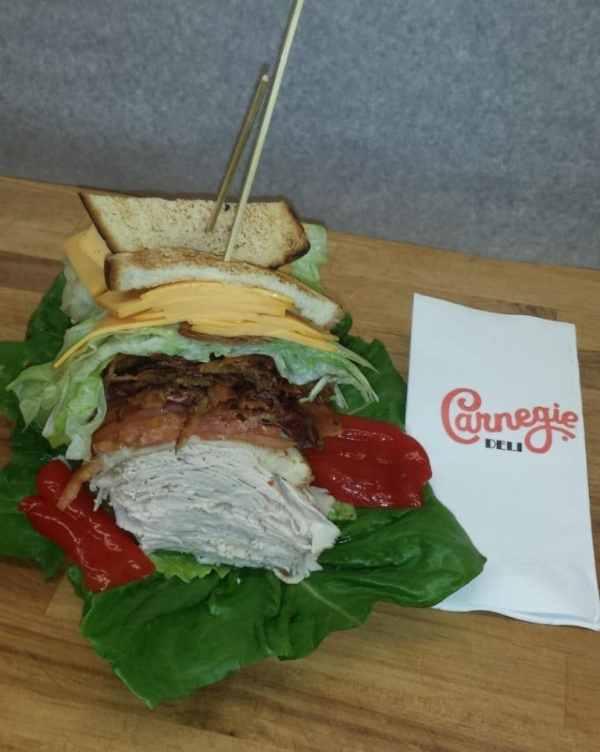 carnegie-deli-derek-jeter-sandwich