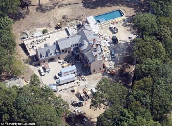 tom-brady-brookline-mansion-3