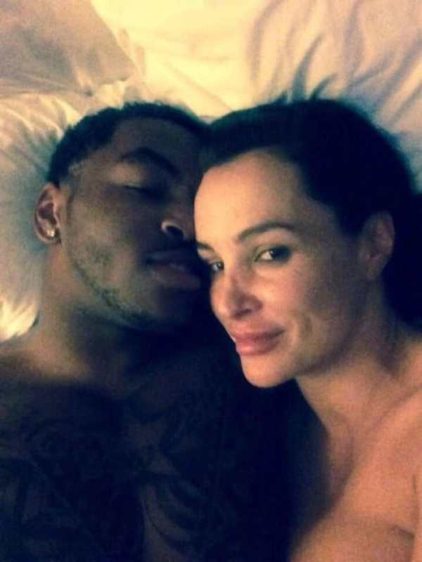 Photo surfaces of Notre Dame wideout Justin Brent and porn ...